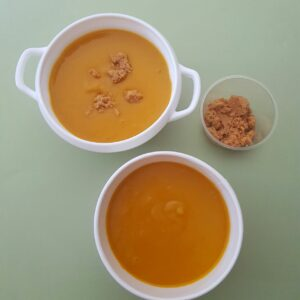 Velouté de potimarron et crumble de châtaigne-La-popotte-du-jour-Condrieu (1)