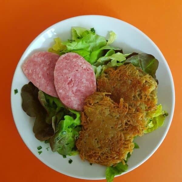 La popotte du jour Râpé de pommes de terre saucisson à cuire et salade (3)